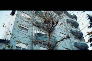 Gentes e Locais/blue urban sky