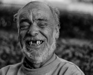 Retratos/A vida ainda vale um sorriso...