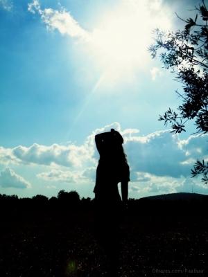 Moda/Por mais longa que seja a noite, o sol voltará a b