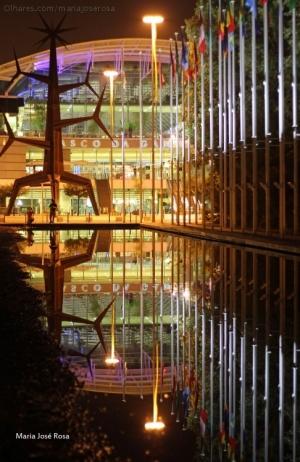 Paisagem Urbana/É noite na Expo
