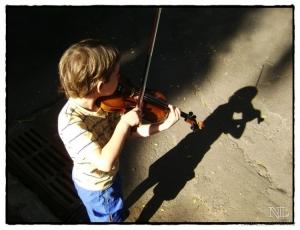 Gentes e Locais/Pequeno violinista