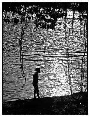 Gentes e Locais/À margem do Rio.