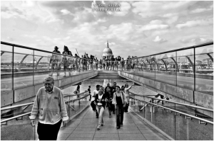 /St Paul's Cathedral VS Millennium Bridge