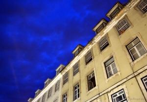 Paisagem Urbana/Lisboa tem um vestido azul