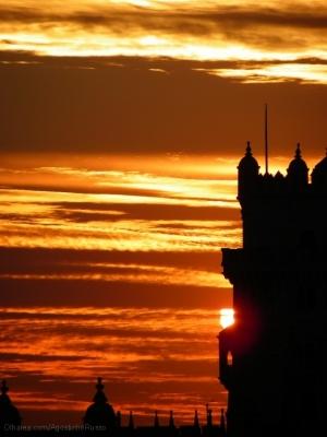 """História/""""A Torre e o Sol"""""""