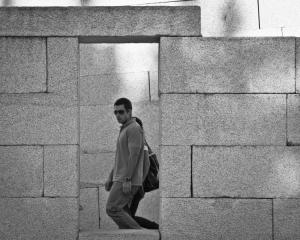 Gentes e Locais/The Wall # 2