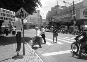 Gentes e Locais/Faixa de Pedestre
