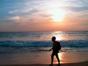 /Vagueando pela praia