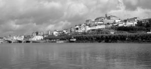 /Coimbra tem mais enquanto a Preto e Branco