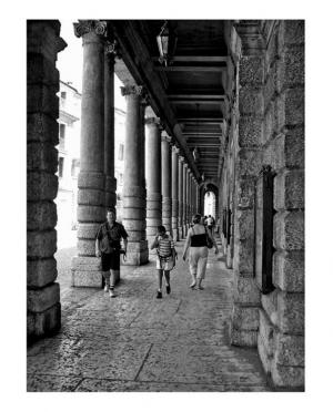 /às voltas por Verona