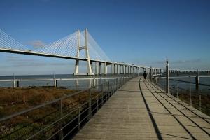 Gentes e Locais/uma ponte e não um fim