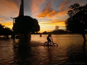 Paisagem Urbana/Cidade sob águas