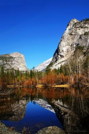 /Mirror Lake