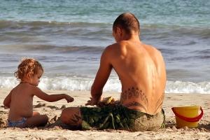 /Brincando na areia