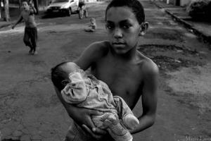 Fotojornalismo/crianças do tempo