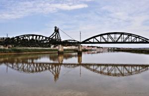 /A Ponte É Uma Passagem...