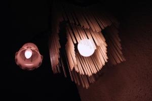 Outros/Atenção... Luzes... Acção...