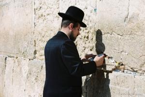 Gentes e Locais/Jerusalem- No muro das Lamentações