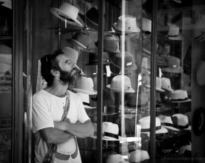 Gentes e Locais/Chapéus há muitos
