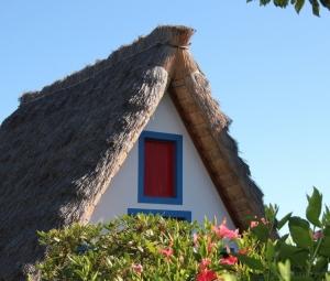 Outros/Casa típica