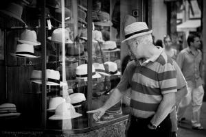 Gentes e Locais/Chapéus há muitos #2