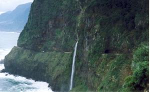 Paisagem Natural/A cascata o Véu da Noiva_Madeira