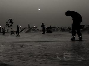 /under the moonlight