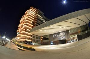 """Paisagem Urbana/""""Casino Troial"""""""
