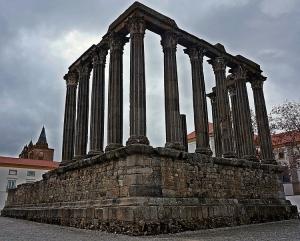 História/Templo Romano de Évora