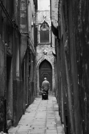 Gentes e Locais/Heaven's Gate
