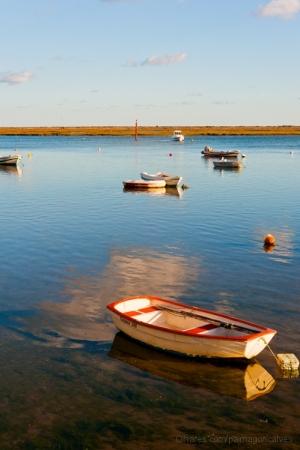 Outros/Pequeno barco.