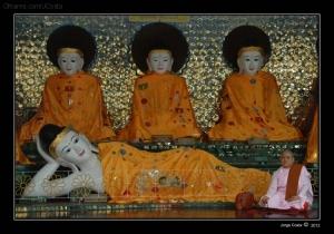 Gentes e Locais/No Shwedagon