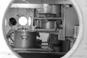 Abstrato/Pots and Pans