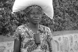 Retratos/Olhares de África