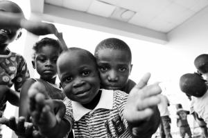 Gentes e Locais/(TcB): Orfanato 1º Julho II