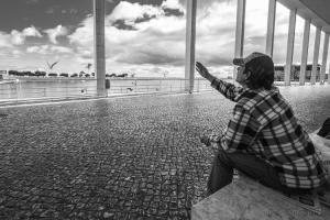 Gentes e Locais/O homem e os pássaros