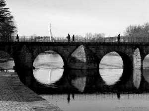 /Pela ponte