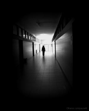 Outros/Fuga À Escuridão