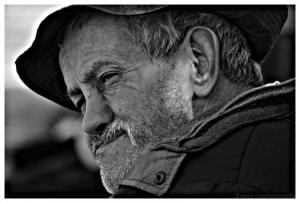 Retratos/o cansaço de ser homem