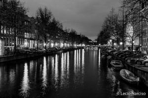 /Amsterdam by night