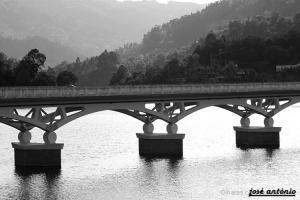 Paisagem Natural/a ponte sombria
