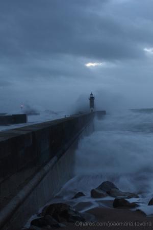 Paisagem Natural/Atlântico enfurecido