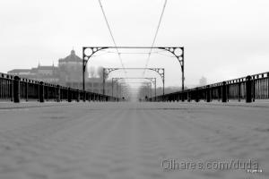 Paisagem Urbana/Percorrendo o nevoeiro...