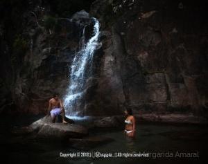 Gentes e Locais/Cascata Thaiti - Gerês