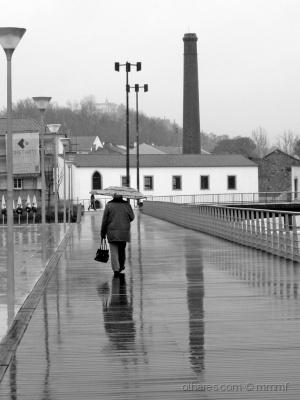 Gentes e Locais/Dia de chuva