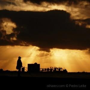Gentes e Locais/Sombra de tempestade