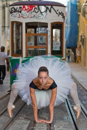 Gentes e Locais/Ballet in the Streets of Portugal #28