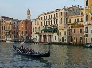 Paisagem Urbana/Turistas no Gr. Canal