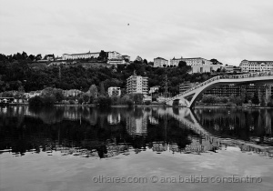 Paisagem Urbana/Reflexos no Mondego