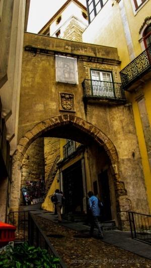 Gentes e Locais/The Gate